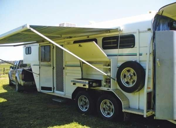 Kara Kar 2 Horse Gooseneck Float Transport for sale NSW