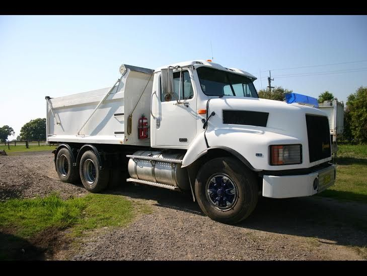 International S Line 3600 Tipper Truck for sale NSW
