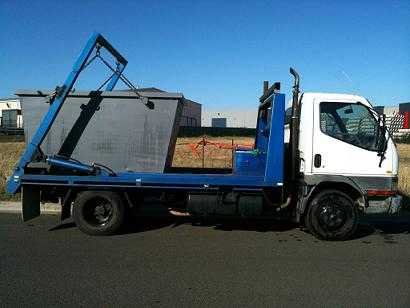 Truck for sale VIC 10 skip Bins, Mitsubishi Canter Bin lift Truck