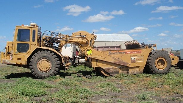 Caterpillar 621G x 2 Scrapers Earth-moving Equipment for sale Qld