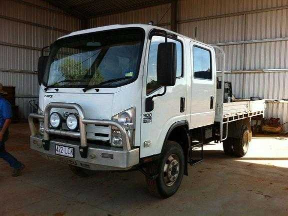Truck for sale QLD Isuzu NPS 300 4x4 Truck